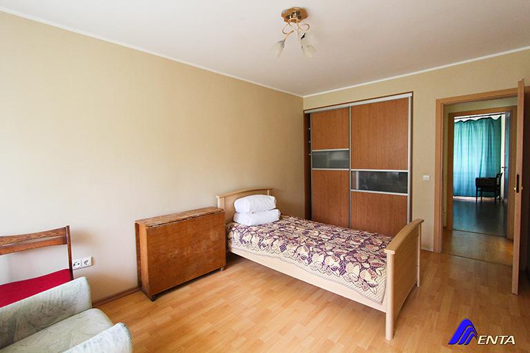 Elektrėnai, Šviesos g. 16   (4 kambariai, 78m2, tvarkingas)