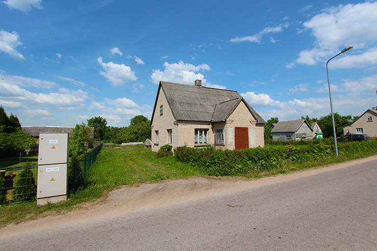 Elektrėnų sav., Gabriliavos k., Klevų g. 15 namas su 0,93 ha sklypu!