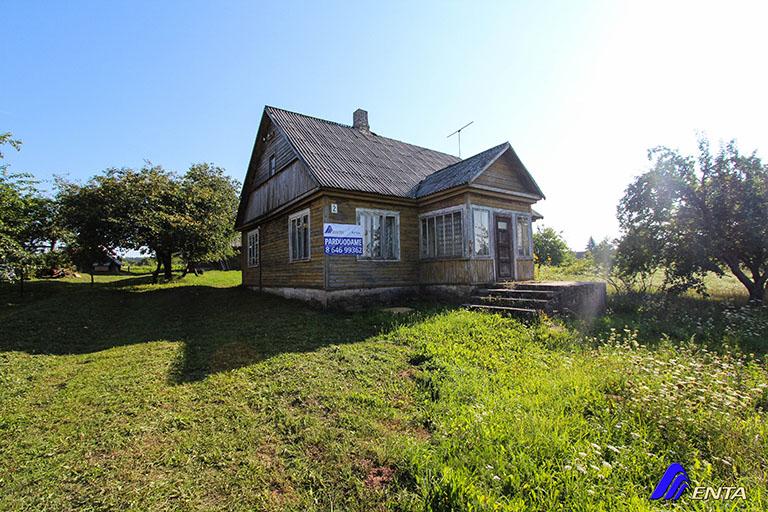 Elektrėnų sav. Semeliškių k. Trakų g 2 (90 m2, 31 aras, ūkiniai pastatai)