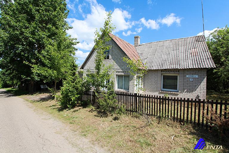 Elektrėnų sav., Mustenių k., mūrinis namas 119 kv.m. su 30 arų namų valdos sklypu